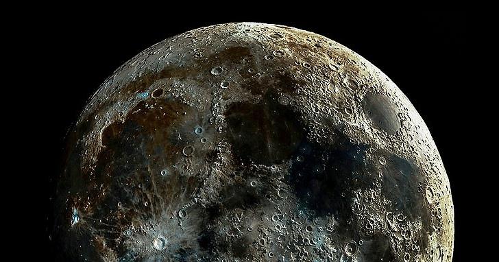 史上最清晰月球表面!加州天文攝影師透過堆疊數萬張月相圖,合成一組高解析月球隕石坑照片