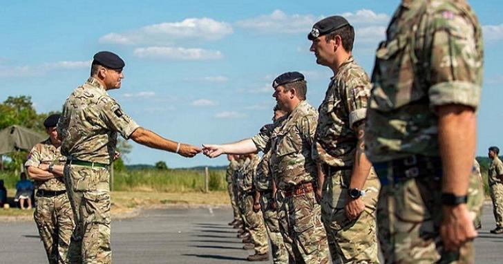 英國也成立網軍「第13訊號軍團」,為網路前線提供數位保護