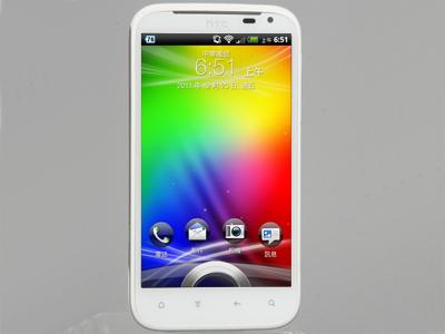 HTC Sensation XL 實測:Beats 音效、聽音樂很棒的手機