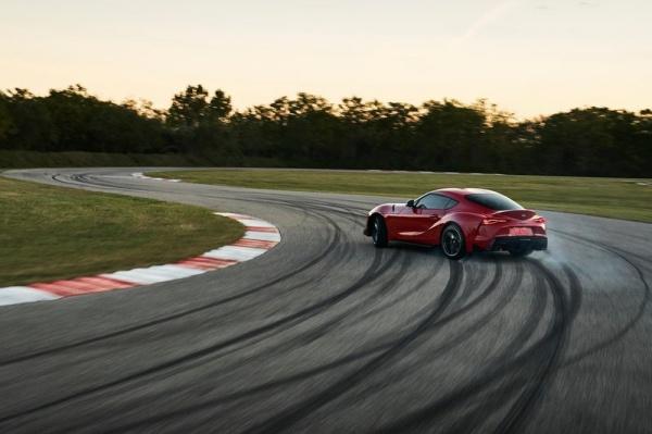 這才是正港的牛魔王,據傳 Toyota Supra 將搭載M3引擎?