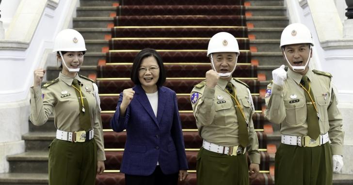 遠傳friDay影音,攜手《木曜4超玩》 5G娛樂再出擊,為台灣原創首部多視角實境綜藝節目