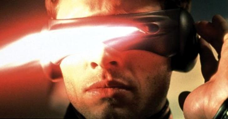 現實版「獨眼龍」!佩戴這款新型隱形眼鏡,一個眼神搞定一切