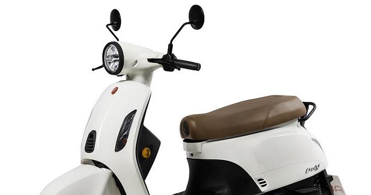 宏佳騰推出 Dory 125 ABS,首發「象牙白」與「礦石灰」
