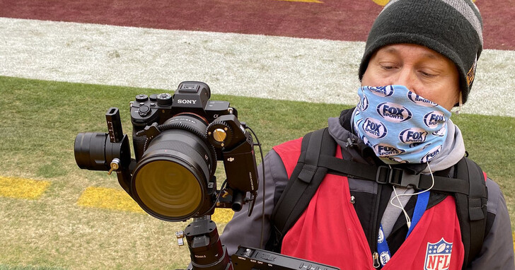 用全幅無反相機轉播體育賽事,Fox Sports 把 Sony A7R IV 應用在 NFL 實況製播