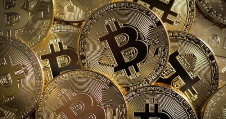 比特幣已突破每枚3.4萬美元,分析師預計到 2022 年價值可達 10 萬美元