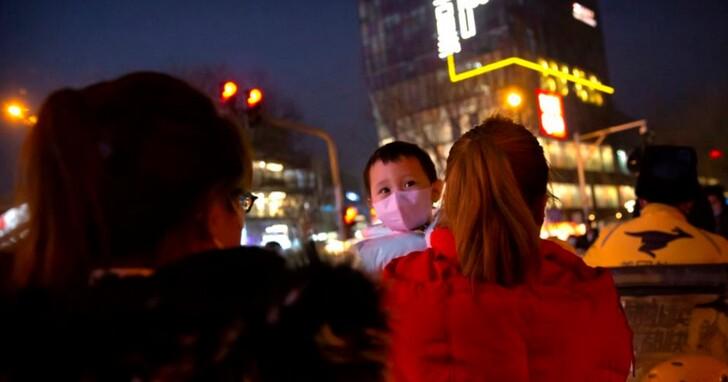 疫情反彈河北成北京「護城河」,百萬打工人客居異鄉「就地過年」