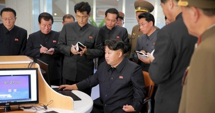 金正恩靠他們3人搶錢救經濟!美國司法部通緝三名北韓駭客,涉竊超過13億美元