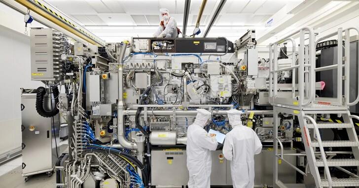 28奈米夠用了?日媒報導中國正搶購中古晶片製造設備,舊款光刻機價格飆到比新機還貴