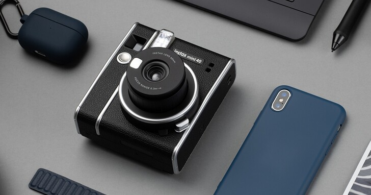 Fujifilm 發表新款 instax mini40 馬上看相機與全新 CONTACT SHEET 底片