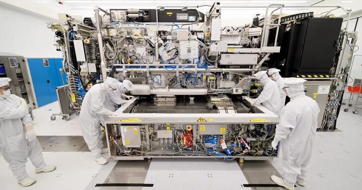 一台開價近3億美元,Intel、三星、台積電還搶著要!ASML第二代EUV光刻機何時出?