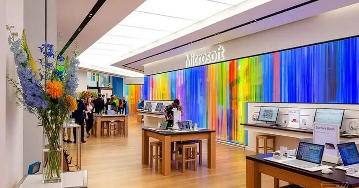 去年才說全面關閉全球實體店面,微軟現在又打算在「體驗中心」賣商品