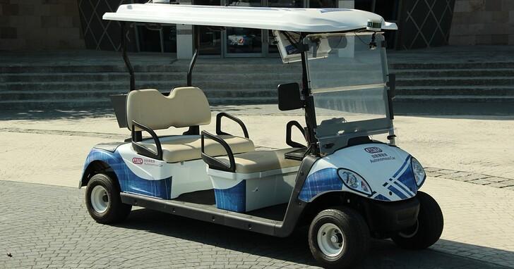 車輛中心整合無人自駕消毒車,減低人員接觸風險並提高工作效率