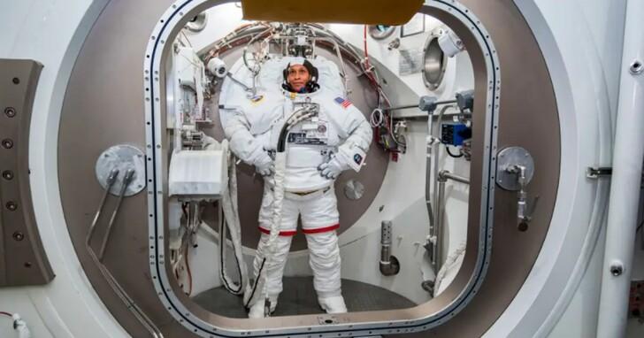 貝佐斯即將開啟首次太空之旅 但他算不算「太空人」?