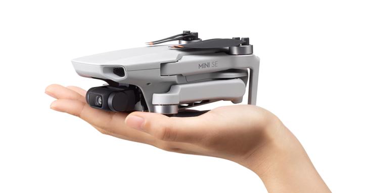 DJI Mini SE 入門空拍機來了,標榜更好飛、手掌大小好操控,價格台幣 9,290 元