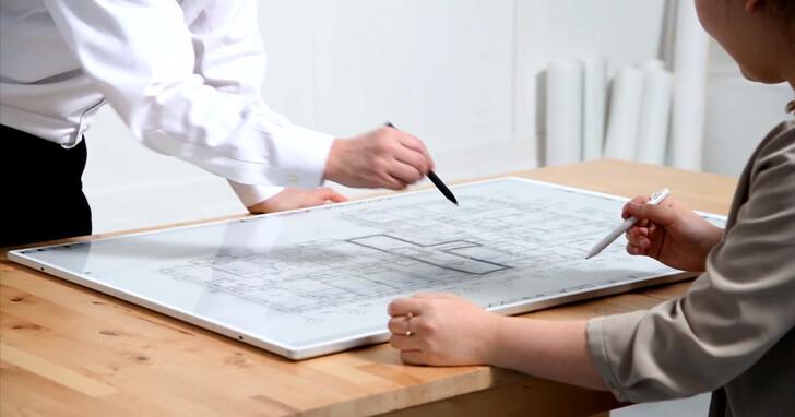 E Ink元太科技與日本理光共同推出全球最輕薄的電子白板,可透過Wifi傳輸觀看