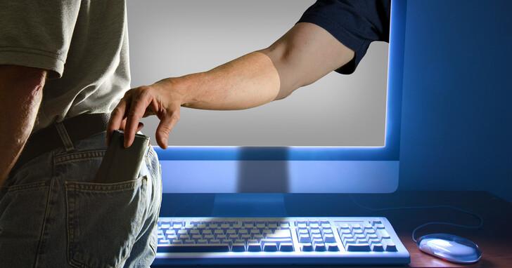 間諜軟體「飛馬」只要知道你的手機號碼就能攻擊!超過5萬政要、記者、律師手機被監控