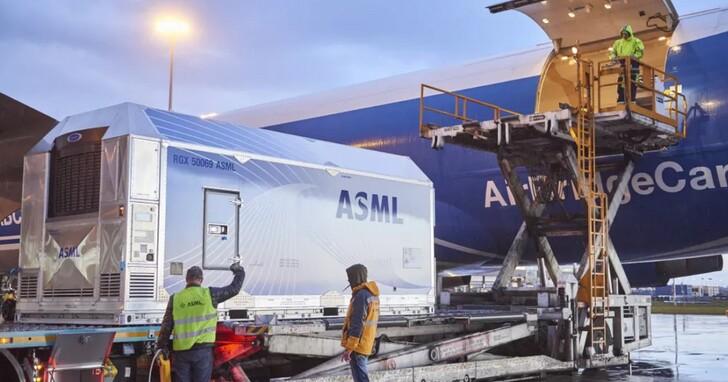 全球半導體銷售將超越千億美元破兆, ASML已經成為成長關鍵、大幅上調營收預期