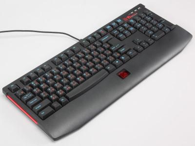 Tt SPORTS Knucker 電競鍵盤台灣首測,可調整4段 Repeat Rate