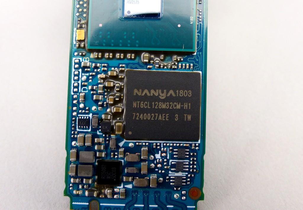 快取記憶體相較 XG5 速度小升級,採用 4Gb LPDDR3-1866 規格