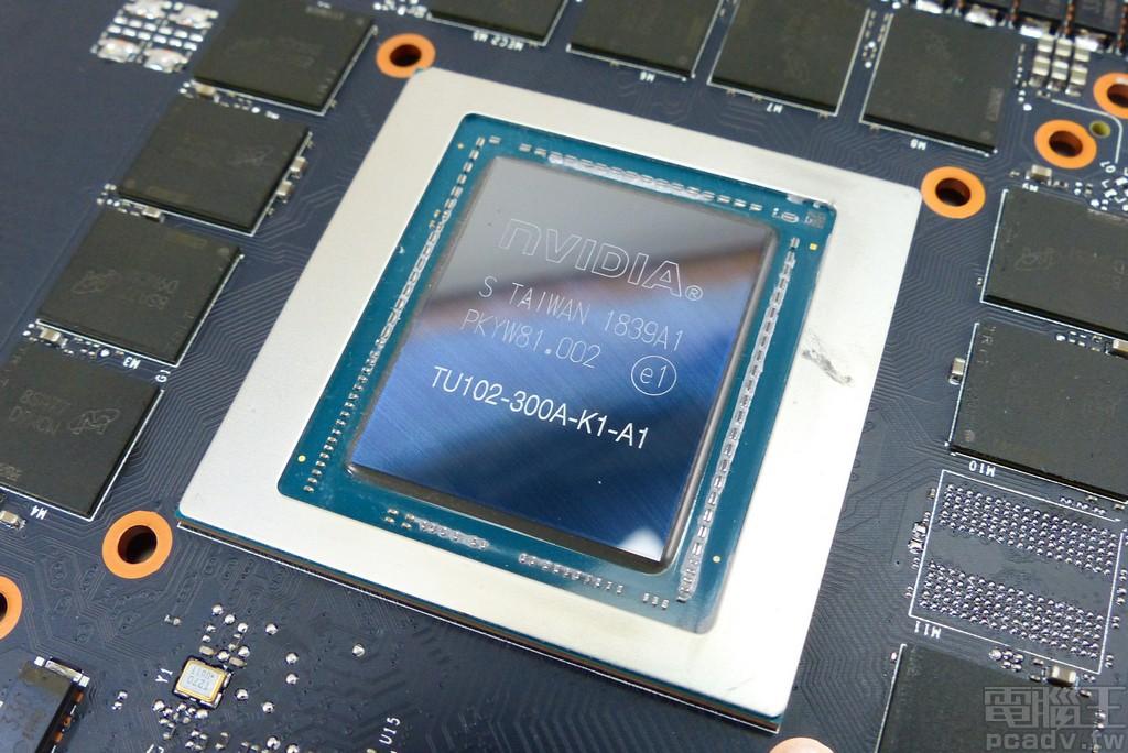 NVIDIA GeForce RTX 2080 Ti TU102-300A 显示绘图晶片