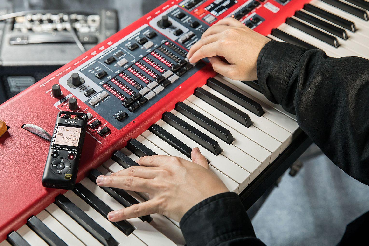 Sony PCM-D10 & PCM-A10 專�錄音� ╳ 戰犯音樂創辦人陳小律:高解析音質滿足音樂人的取樣創作需求