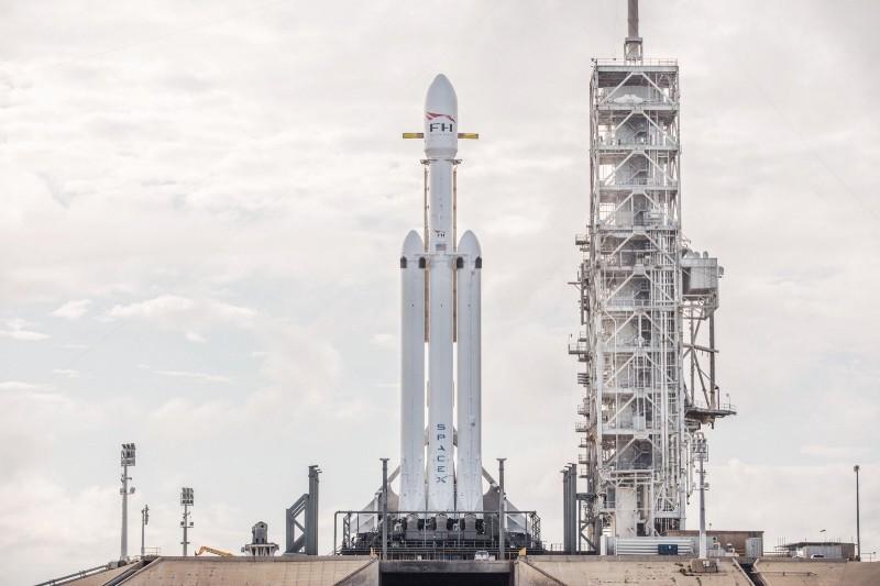 70公尺高的Falcon Heavy