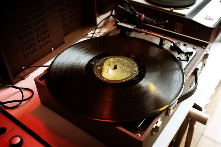 黑膠唱片細膩的音質表現與獨特的聆聽氣氛讓它�久不衰。
