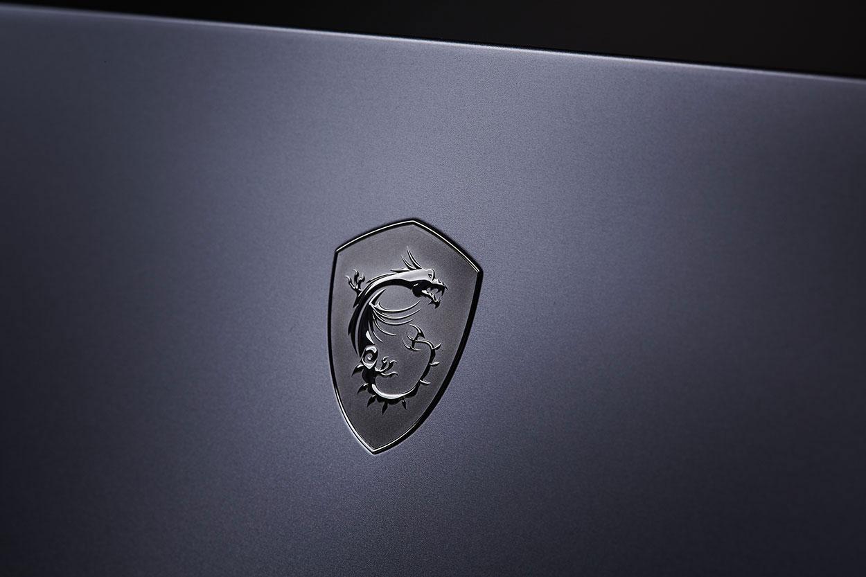 極致效能,機皇再臨!效能比擬桌機的 MSI GT76 Titan DT 9SG 電競�電旗艦開箱與深度評測!
