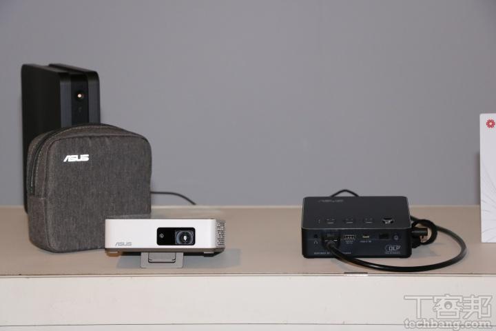 華碩-ZenBeam 可攜式 LED 投影機