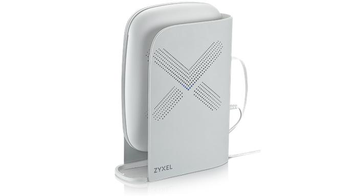 AiShield需要一個硬體的載具,目前AiShield支援的硬體是合勤自家旗下的Multy X(圖上)和Multy Plus (圖下)系列WiFi路由器,明年預計會推出一系列可以執行運作AiShield的資安路由器。