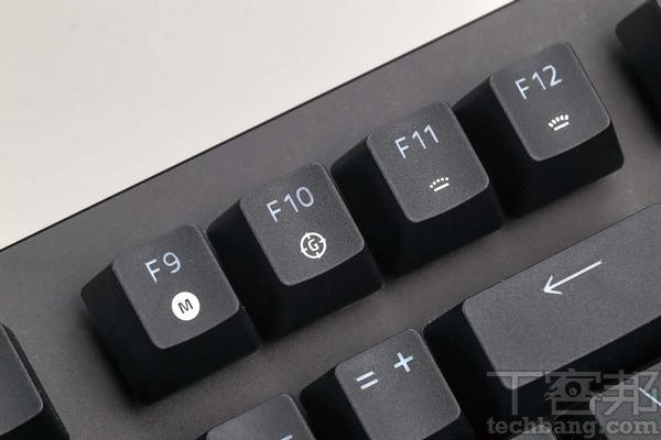 快捷鍵 雖為80%鍵盤,但也保留快捷鍵設計,包括播放鍵、音量、背光亮度整。