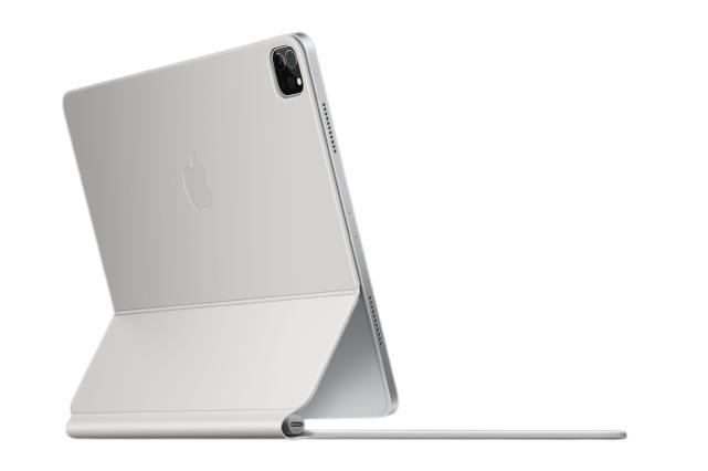 新推出的白色巧控鍵盤,讓 iPad Pro 帶來煥然一新的氣息,售價則為 10,990 元。